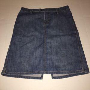 Gap Denim Jean Pencil Skirt Back Slit Medium Wash